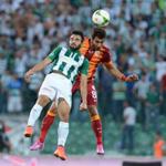 Spor Toto Süper Lig'de sezon ilk haftasında Bursaspor ile Galatasaray karşı karşıya geldi.