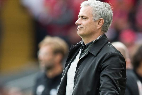 Manchester United Teknik Direktörü Jose Mourinho, 2008'de neden Barcelona'nın başına geçmediğini yıllar sonra açıklayacağını söyledi.