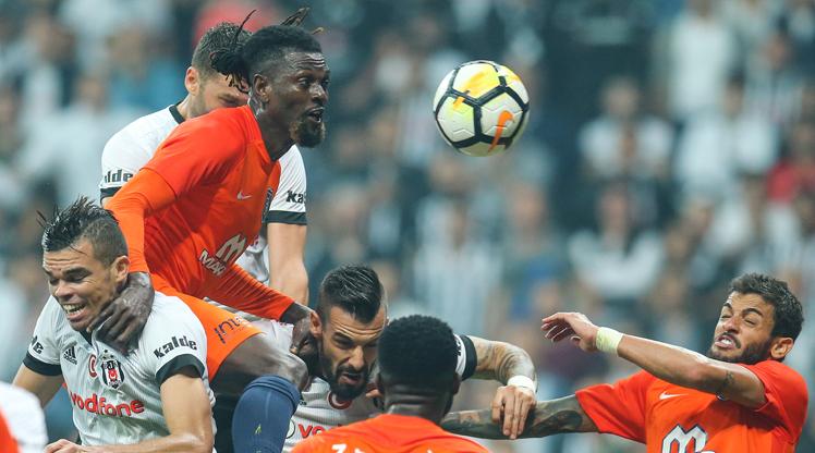 Spor yazarları Beşiktaş-M.Başakşehir maçını yorumladı