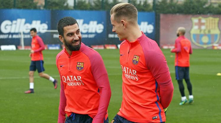 Wenger Barcelona'nın yıldızını istiyor