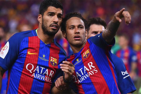 Paris Saint Germain macerasına çok parlak bir başlangıç yapan Neymar'ın sezon sonunda Real Madrid'e transfer olacağı iddia ediliyor.
