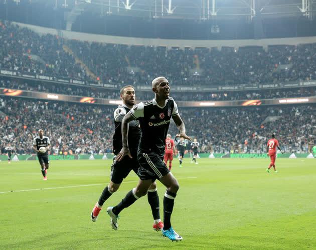 Spor yazarları Beşiktaş-Lyon maçını yorumladı