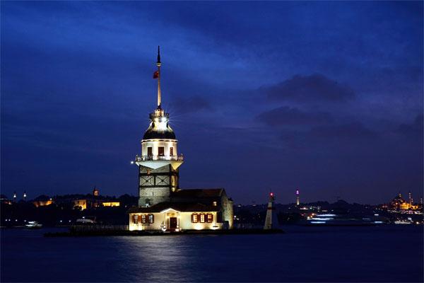 Avrupa basketbolunun en önemli organizasyonu THY Avrupa Ligi'ne ikinci kez ev sahipliği yapacak İstanbul, tarihi dokusunun yanı sıra doğal güzellikleriyle dikkati çekiyor.