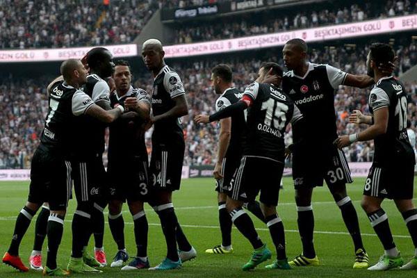 Spor yazarları Beşiktaş - Kasımpaşa maçını değerlendirdi.
