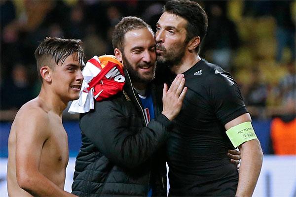 UEFA Şampiyonlar Ligi yarı finali ilk maçında Juventus'un deplasmanda Monaco'yu 2-0 mağlup etmesi, İtalyan basında geniş yankı uyandırdı.