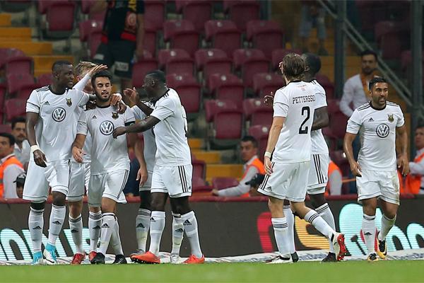 UEFA Avrupa Ligi 2. ön eleme turunda Galatasaray'ın Östersunds'a elenmesine İsveç basını geniş yer ayırdı.