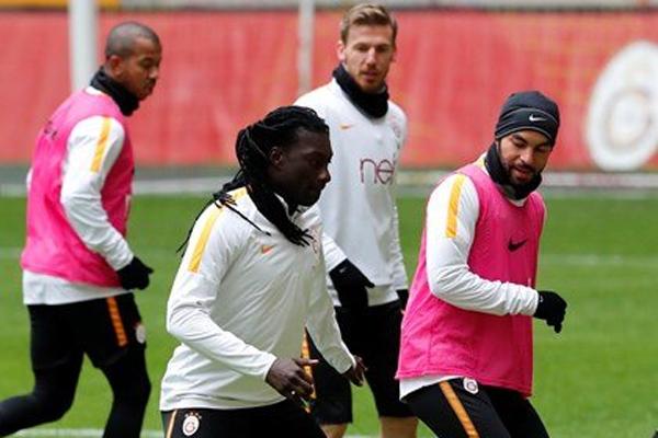 Süper Lig'in 19. haftasında 27 Ocak Cumartesi günü Osmanlıspor'u konuk edecek Galatasaray, hazırlıklarını sürdürdü.