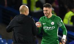 Manchester City'nin kalecisi Ederson, sezon bitmeden önce gol atmak istiyor.