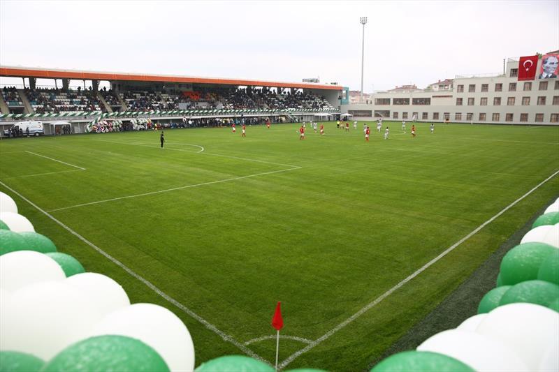 Bursa'da İbrahim Yazıcı Stadı açıldı