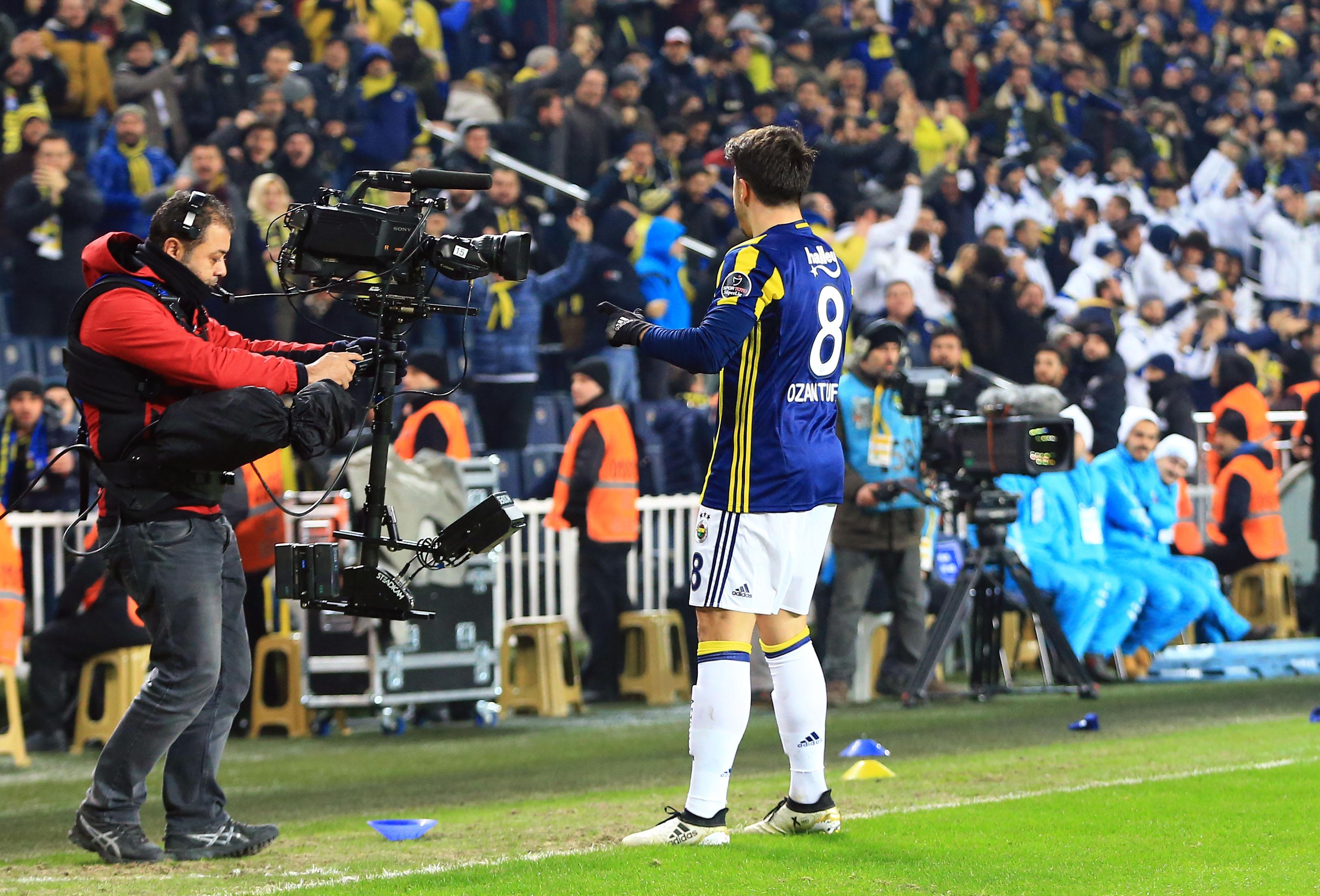 Fenerbahçe Medipol Başakşehir maç özeti