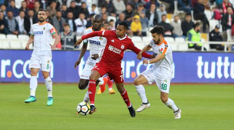 Demir Grup Sivasspor Aytemiz Alanyaspor maç özeti