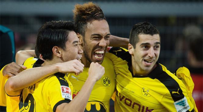 Borussia Dortmund: 3 - Huntelaar: 2