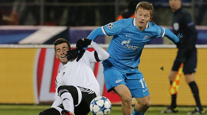 Zenit Valencia'yı ateşe attı
