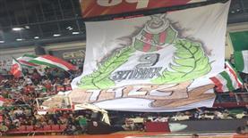 Karşıyaka Arena'da müthiş atmosfer