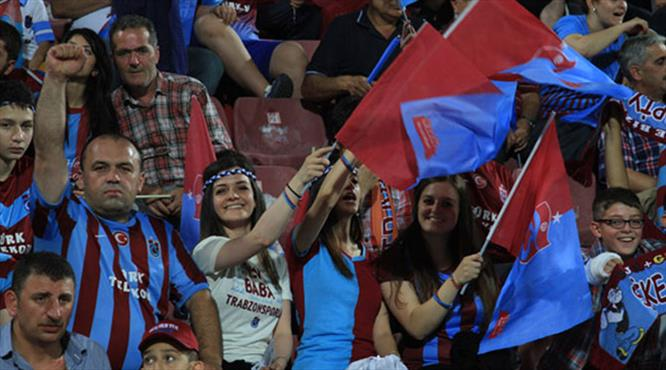 Napoli maçı kapalı gişe!