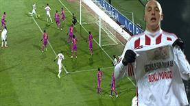 Aatıf Galatasaray'ı da boş geçmedi: 1-1!