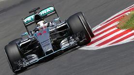 İlk cep Hamilton'ın!..