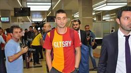 Transferi duyurdu, tişörtü giydi!..