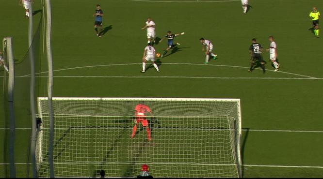 Gomez'den harika gol...