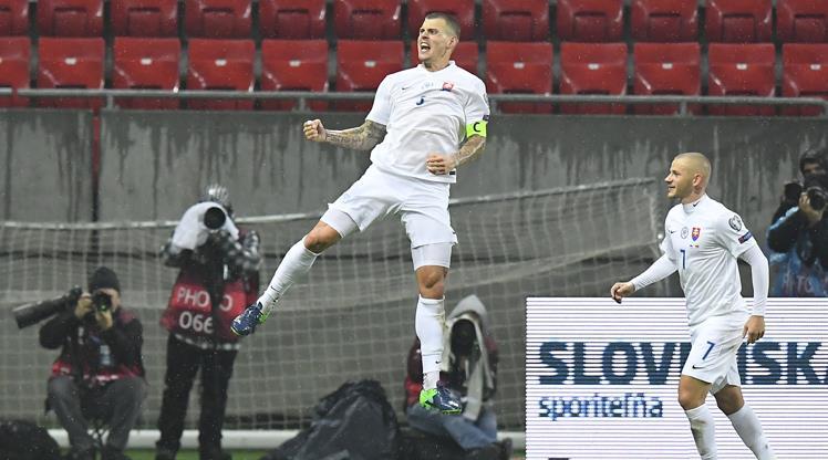 Skrtel attı Slovakya şov yaptı!