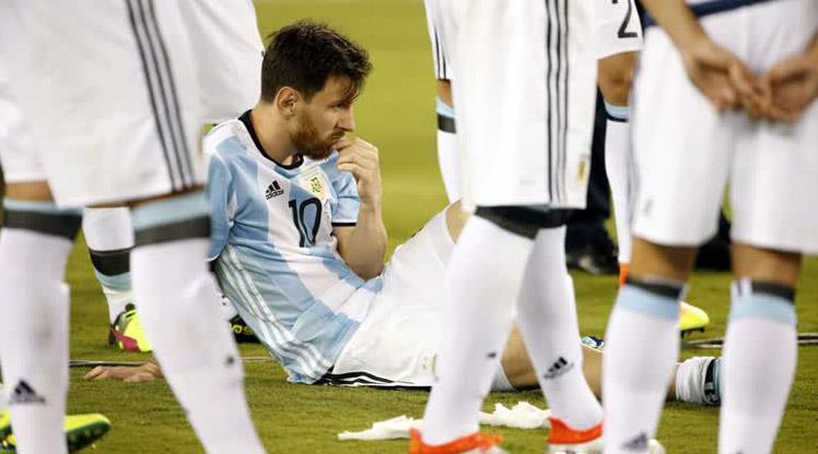 Messi'nin Milli Takımı bırakma kararını nasıl buluyorsunuz? (ANKET)
