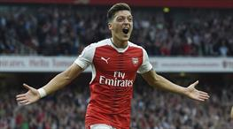 İşte Mesut'un Emirates'i ayağa kaldıran golü!