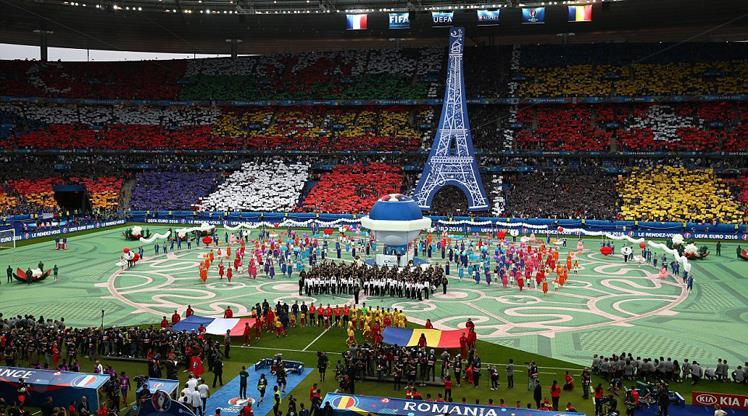 EURO 2016 Fransa'nın kasasını doldurdu!