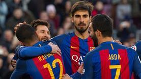 Lionel Messi Raul'u yakaladı