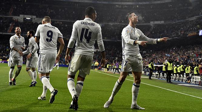 Real Madrid fırsatı kaçırmadı! (ÖZET)