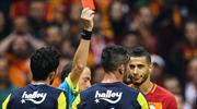 Belhanda böyle kızardı! Galatasaray derbide 10 kişi...