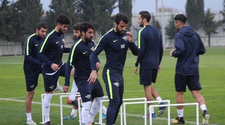 Akhisar Galatasaray'a kilitlendi