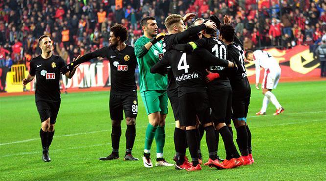 Eskişehirspor'dan büyük patlama: 7-0 (ÖZET)