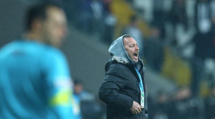 Sergen Yalçın'dan oyuncularına eleştiri