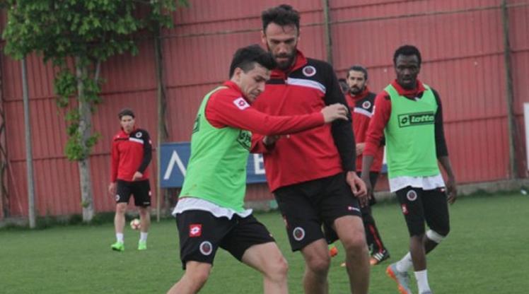 Gençler Başakşehir'e hazırlanıyor