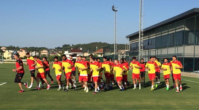 Göztepe Süper Lig'e Fenerbahçe ile dönüyor