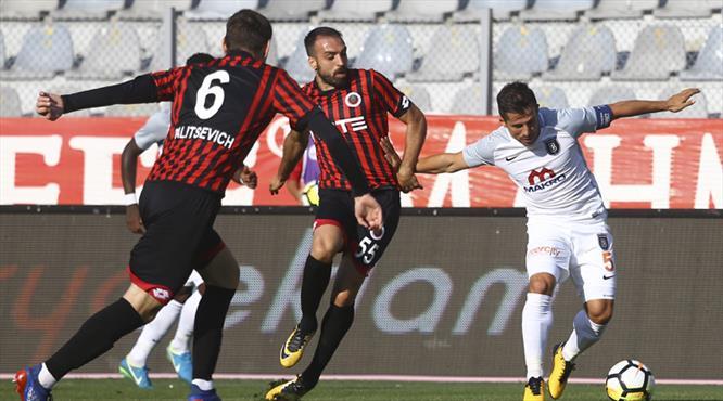Gençlerbirliği-Medipol Başakşehir:1-0 (ÖZET)