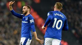 Everton'a Cenk Tosun da çare olamadı: 4-0 (ÖZET)