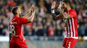 Beşiktaş'ta şok anı! Antalya ilk pozisyonda golü buldu