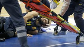Yıldız oyuncunun ayağı kırıldı