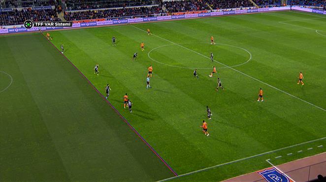 Elia attı, gol 'VAR'a takıldı