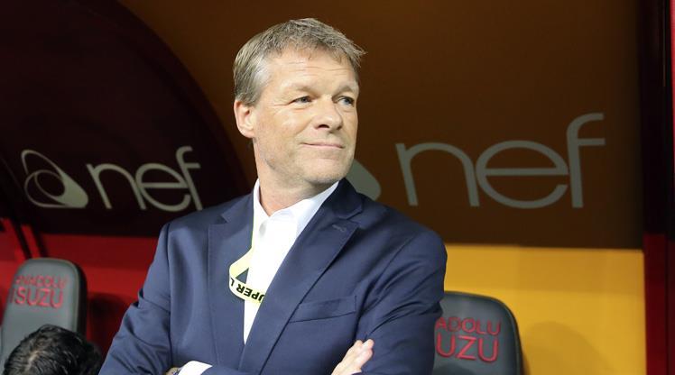 Fenerbahçe'den Erwin Koeman açıklaması