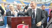 Ahmet Ağaoğlu yeniden başkan