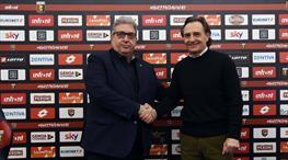 Prandelli Serie A'ya döndü!