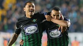Serginho oyuna girdi, golünü attı