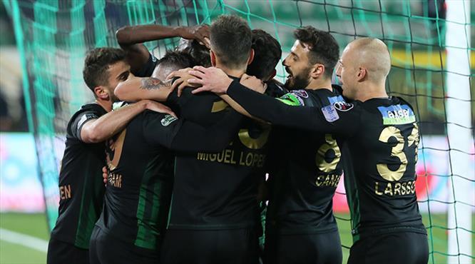 Teleset Mobilya Akhisarspor- Atiker Konyaspor: 3-0 (ÖZET)