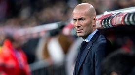 Zidane kara kara düşünüyor
