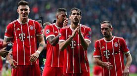 Bayernlilerden tribünlere alkış