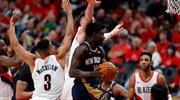 Holiday rekor kırdı, Pelicans yolu yarıladı