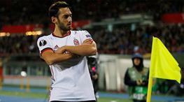 Hakan Çalhanoğlu'na 30 milyon euro