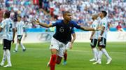 Mbappe Messi'yi evine gönderdi!